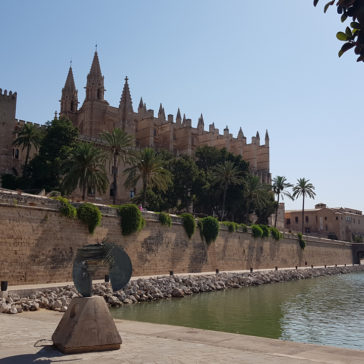 To Palma by private jet